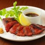 極上ステーキに変身!!安い輸入牛肉でも美味しく焼く方法