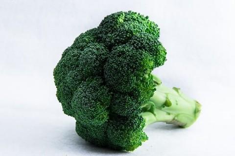 【食べ過ぎ注意】ブロッコリーで体臭悪化?臭いの原因、他の副作用