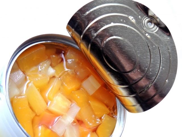 缶詰のシロップは飲むと体に悪い?なぜあんなに甘いのか?捨てずに活用する方法