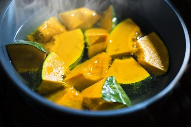 かぼちゃの煮物がまずい!煮崩れる原因は?リメイク法やホクホクに煮るコツも